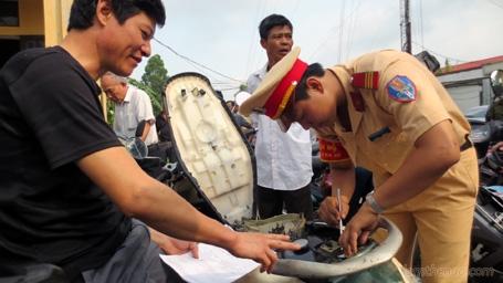 Hướng dẫn thủ tục đăng ký xe máy mới 5