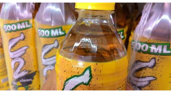 Cách nhận biết chai nước C2 và Rồng Đỏ nhiễm chì bị thu hồi