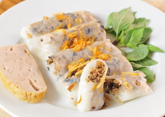 Công thức làm bánh cuốn nhân thịt nóng hổi hấp dẫn buổi sáng mùa đông
