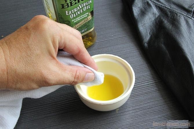 Làm sạch túi da chỉ với 3 bước đơn giản