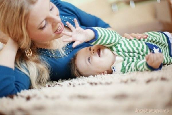 Bí mật về cân nặng của bé trong 12 tháng đầu đời