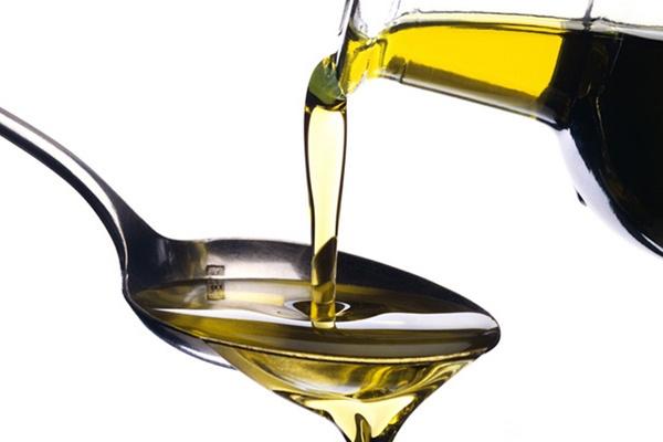 70% dầu ôliu 'không sạch', phân biệt bằng cách nào?