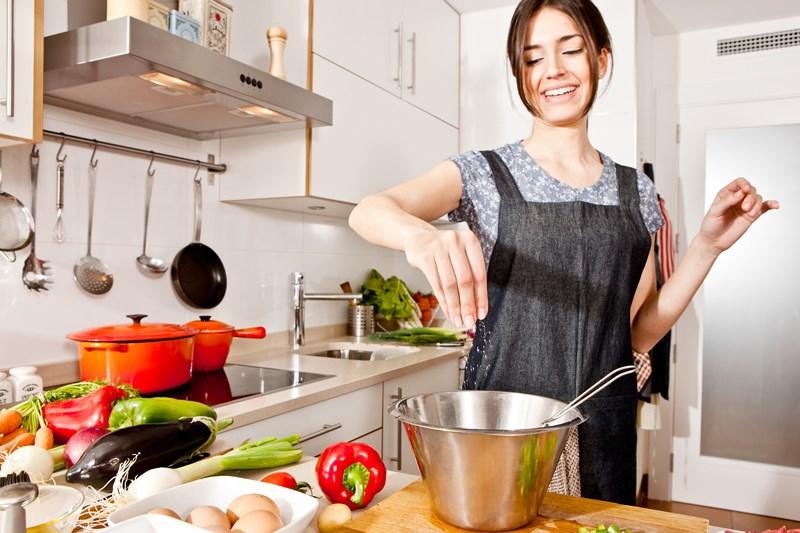 Xào thập cẩm tưởng ngon, bổ nhưng thực ra có thể gây hại cho sức khỏe